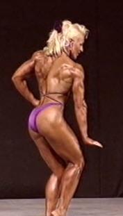 Minna Ryynänen esitti loistavan vapaaohjelman. (+57 kg)