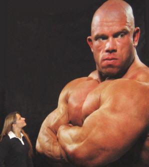 Miettisen Teija löysi ISON miehen Fitness Exposta.